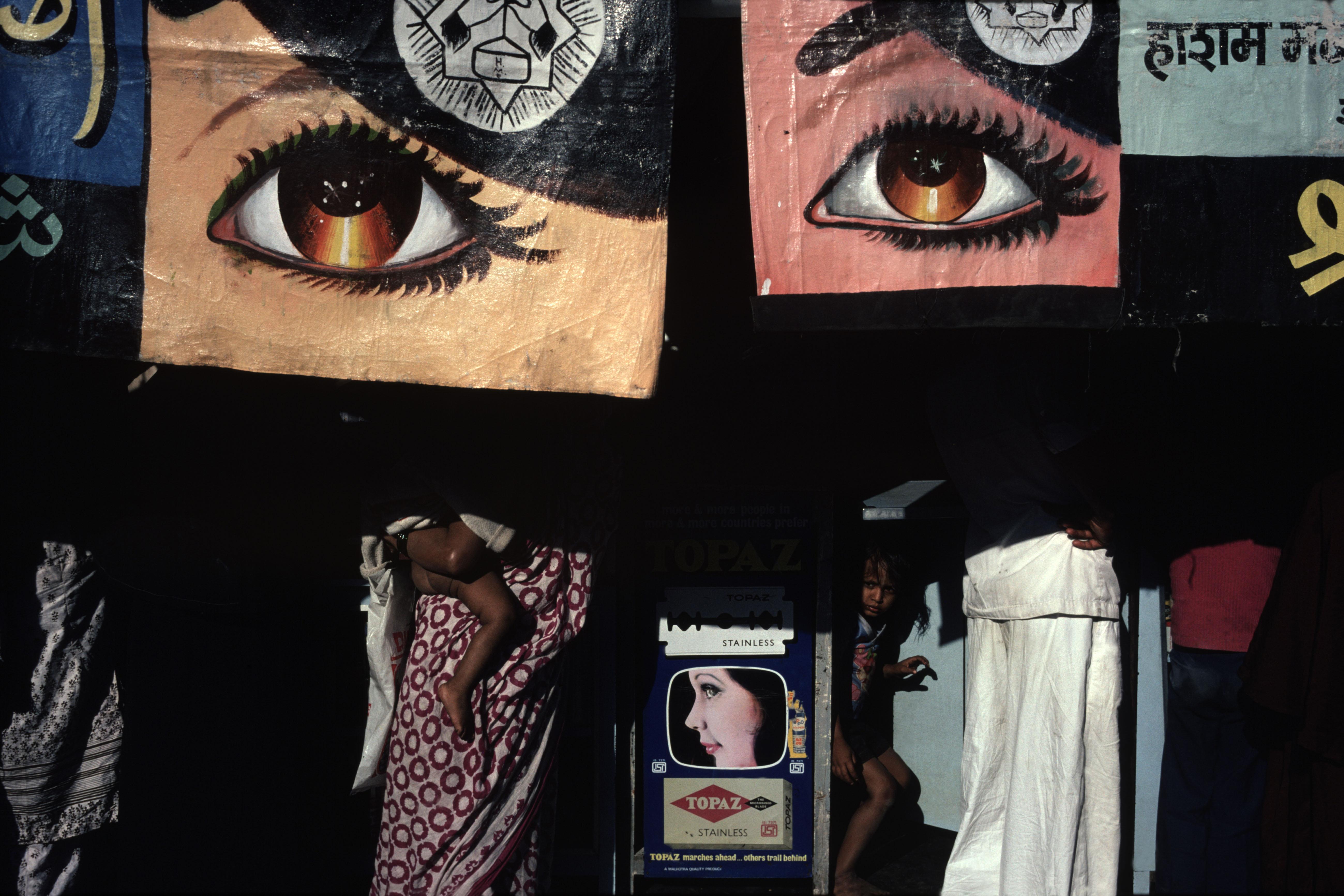 An example of Webb's photography from Bombay. (Photo courtesy Alex Webb)