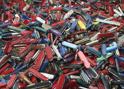 Passengers are allowed to carry small pocketknives on airplanes starting Apr. 25.