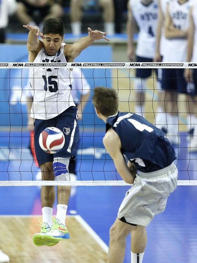 BYU men's volleyball blazes past UC San Diego