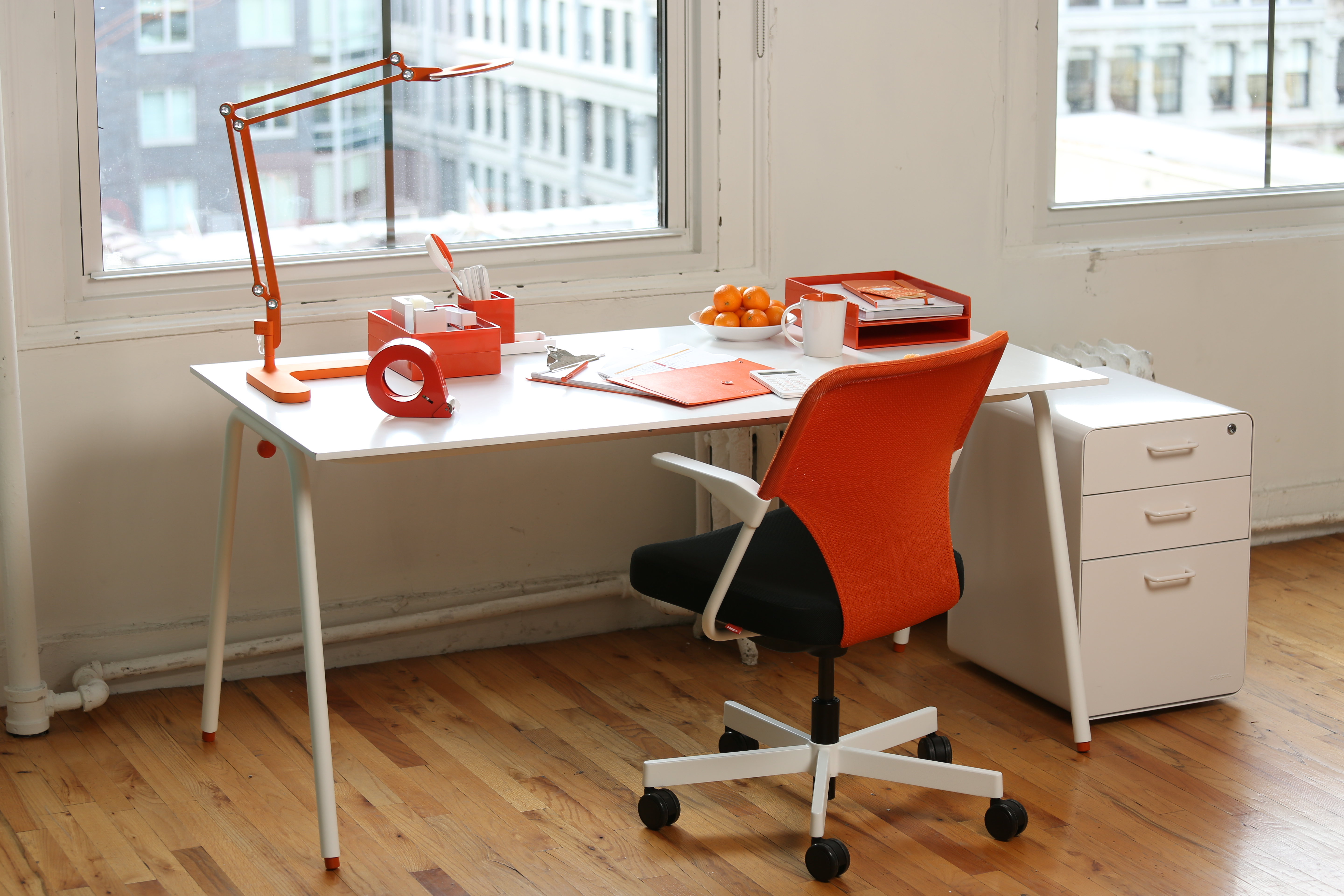 Decorating Desk E Creatively And Colorfully Can Increase Productivity Stus Say Photo Courtesy