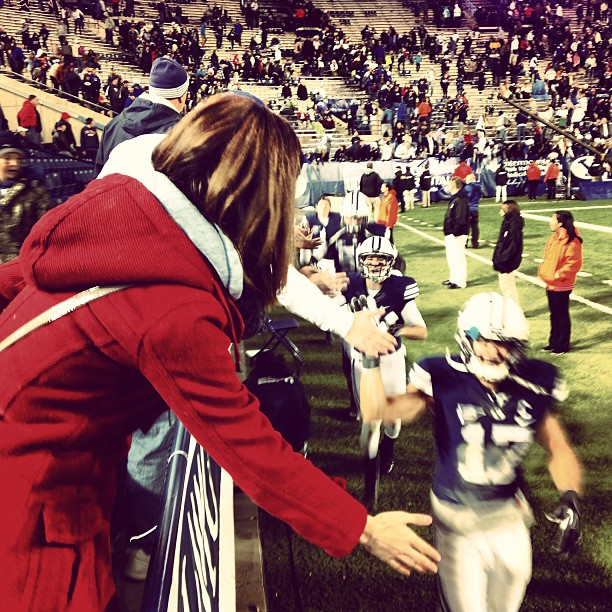 @chrisctdurr: Here is Shan giving the players some high fives after their win! @skylerridley #byu #cougars #collegefootball #espn #skylerridley