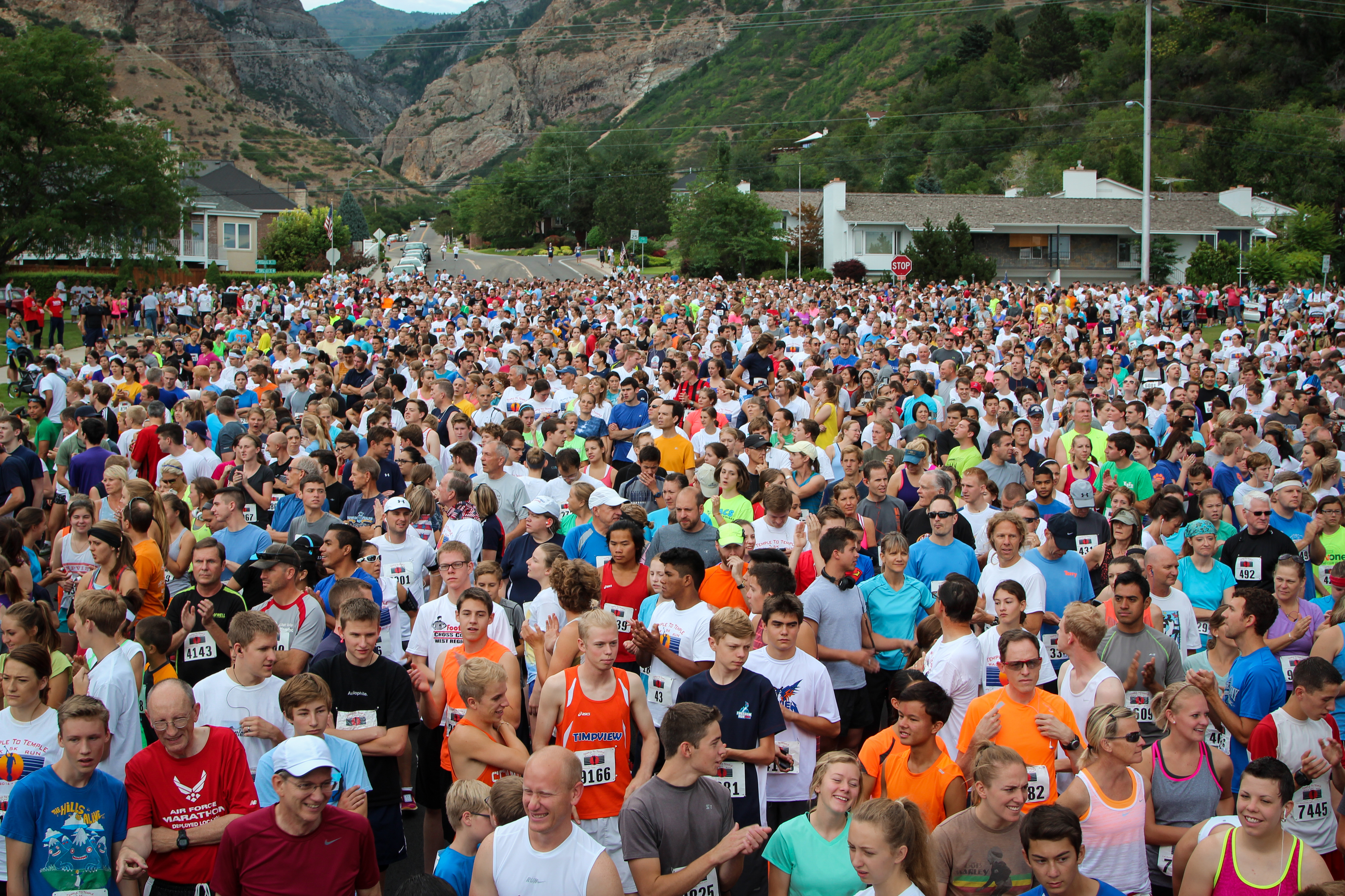 Participants get ready for the Temple to Temple 5k to start. Around 10,000 people came out for the race last year. (Fesler Films)