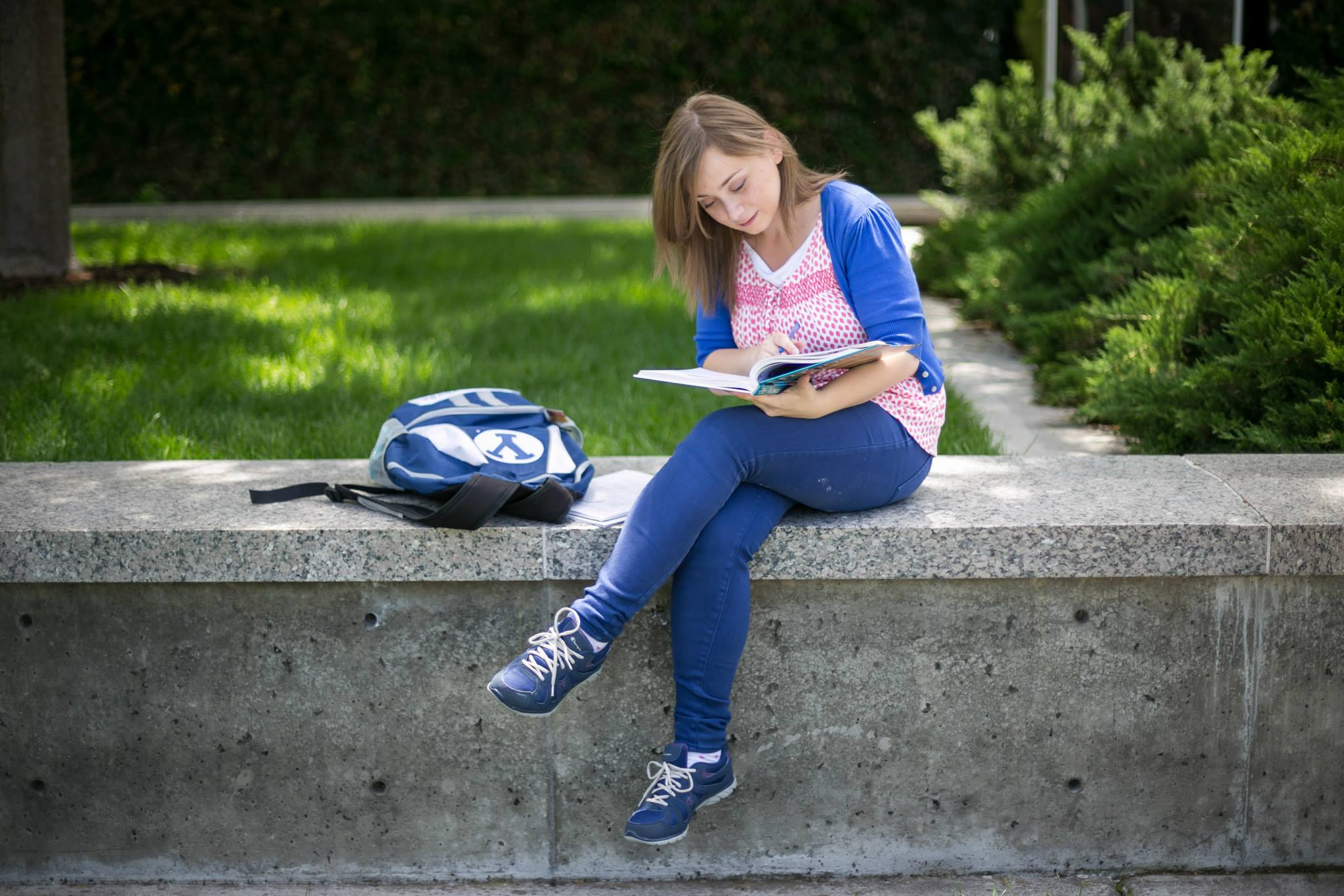 international students face challenges Academic difficulties international students may have troubles in classes when they first arrived cultural differences present very real personal and professional challenges in academics.