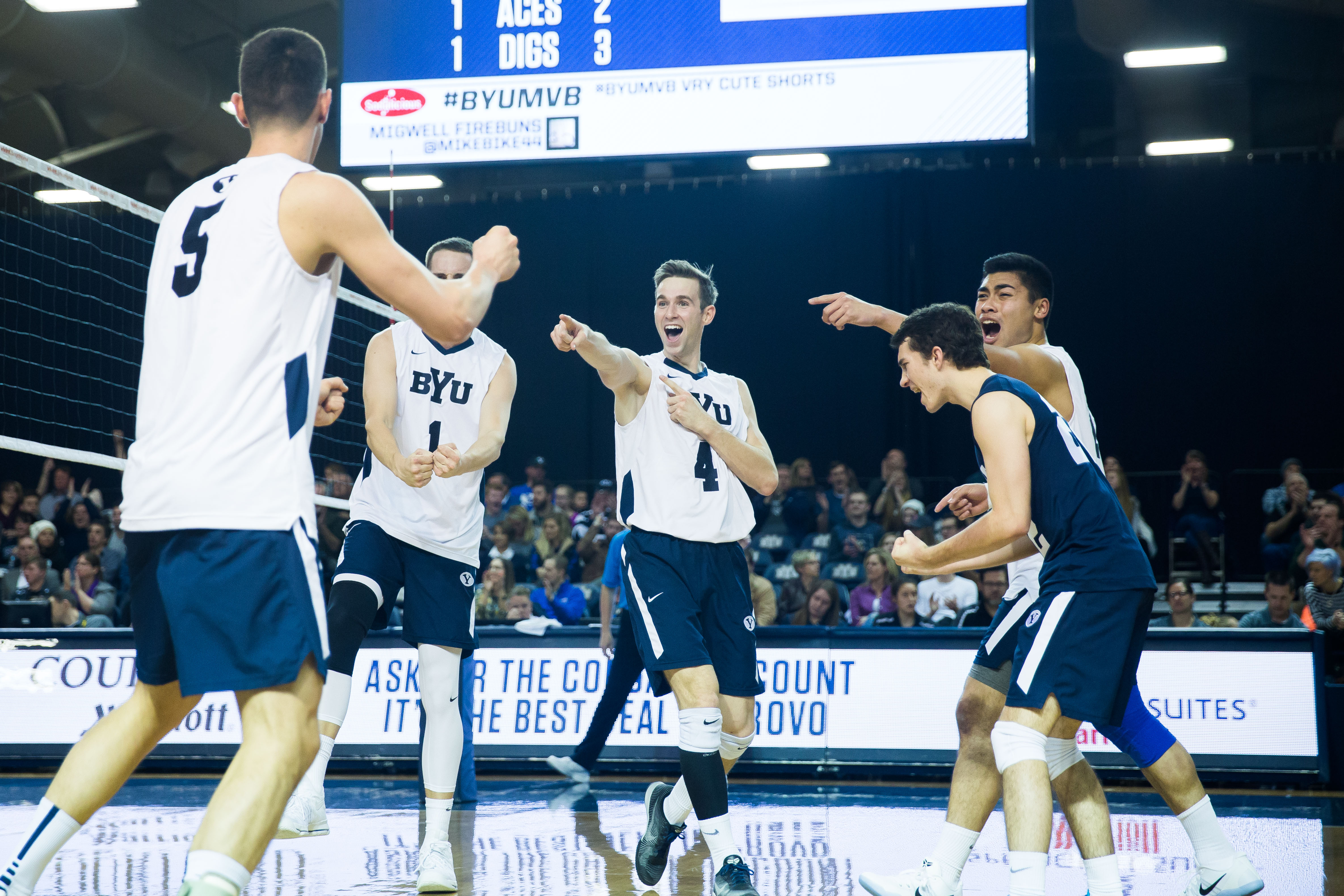 BYU men's volleyball preparing for big 2017 season - The ...