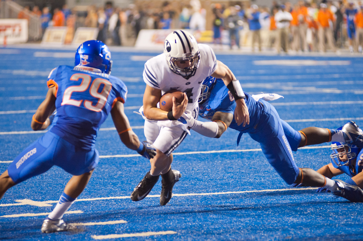 Taysom Hill runs against Boise State by .