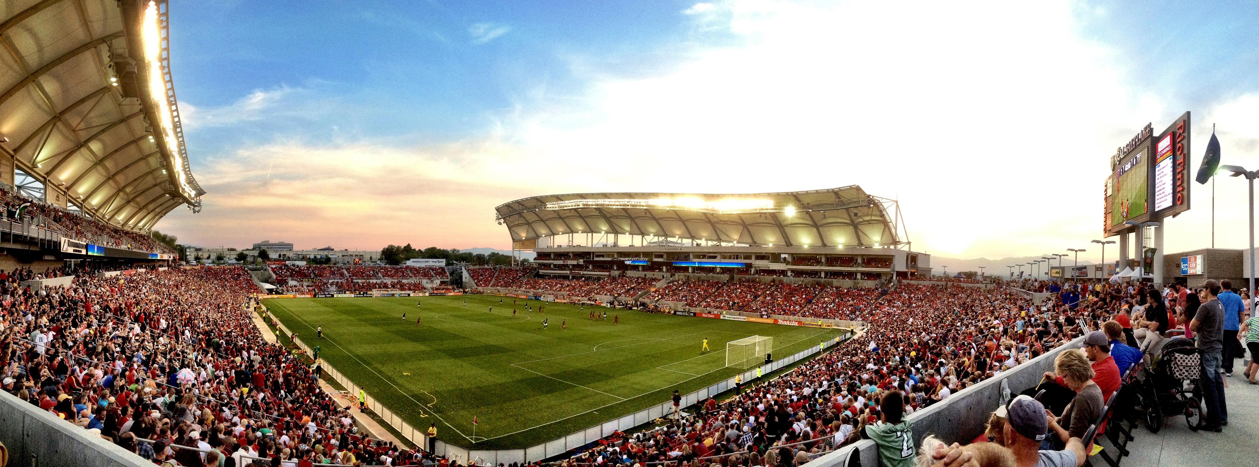 Stadium_Lenio_1 by .