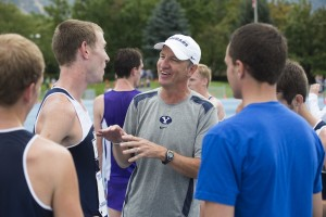 Track and field coach Ed Eyestone talks with runners at the 2013 Autumn Classic (Jaren Wilkey)