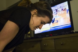 BYU student Amber Nance makes her efforts to stay in shape despite Insanities difficult reviews. (Photo by Sarah Hill.)