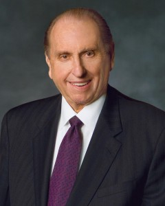 President Thomas S. Monson closed the Sunday morning session of the 184th Semiannual General Conference. He spoke on following the footsteps of Christ. (Mormon Newsroom)