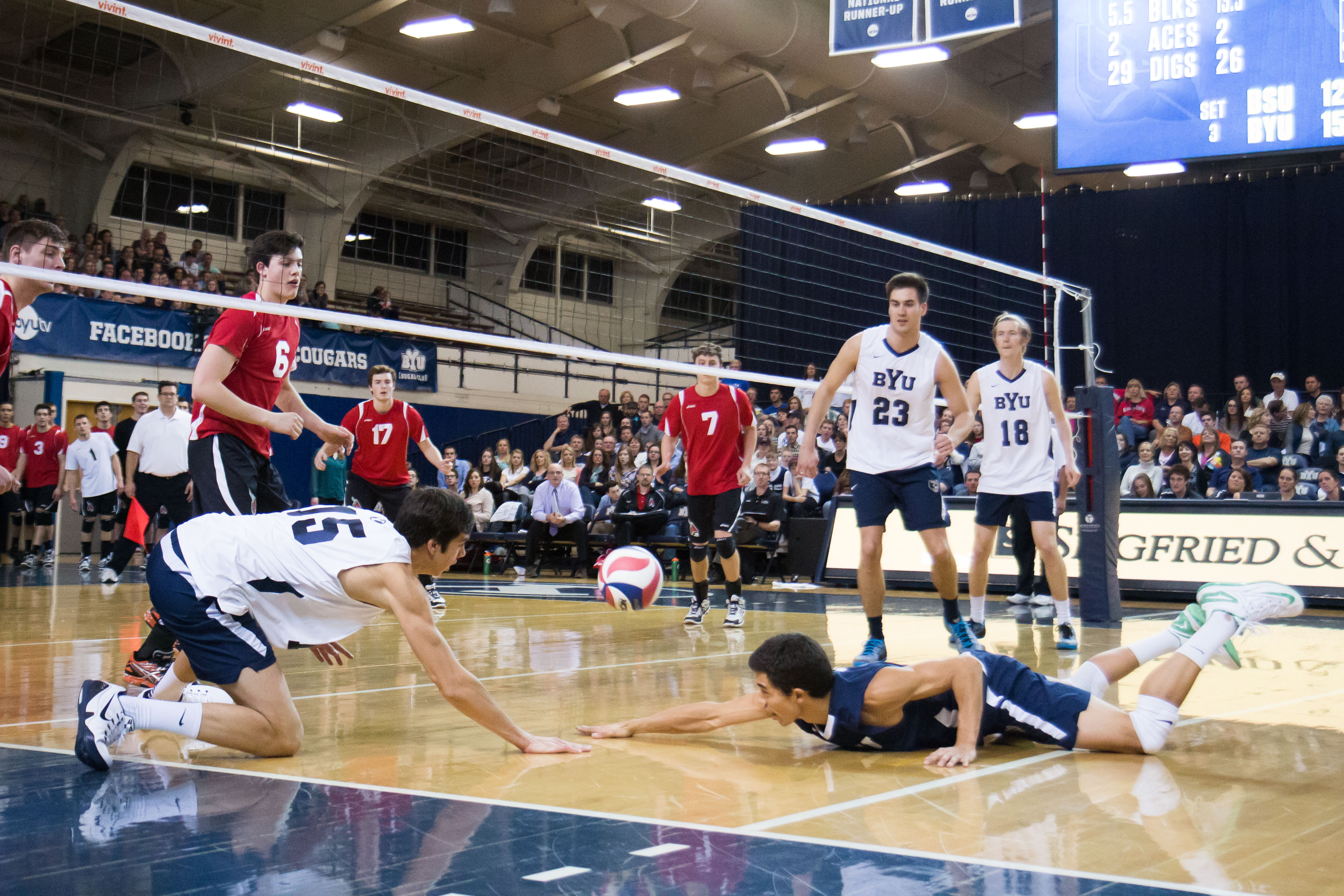 Byu Men S Volleyball Loses To Unranked Stanford The Daily Universe