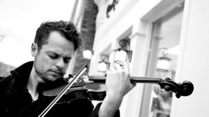 BYU graduate Rob Landes plays the violin. Landes is a Utah violinist and an influencer in the #LIGHTtheWORLD campaign. (Rob Landes)