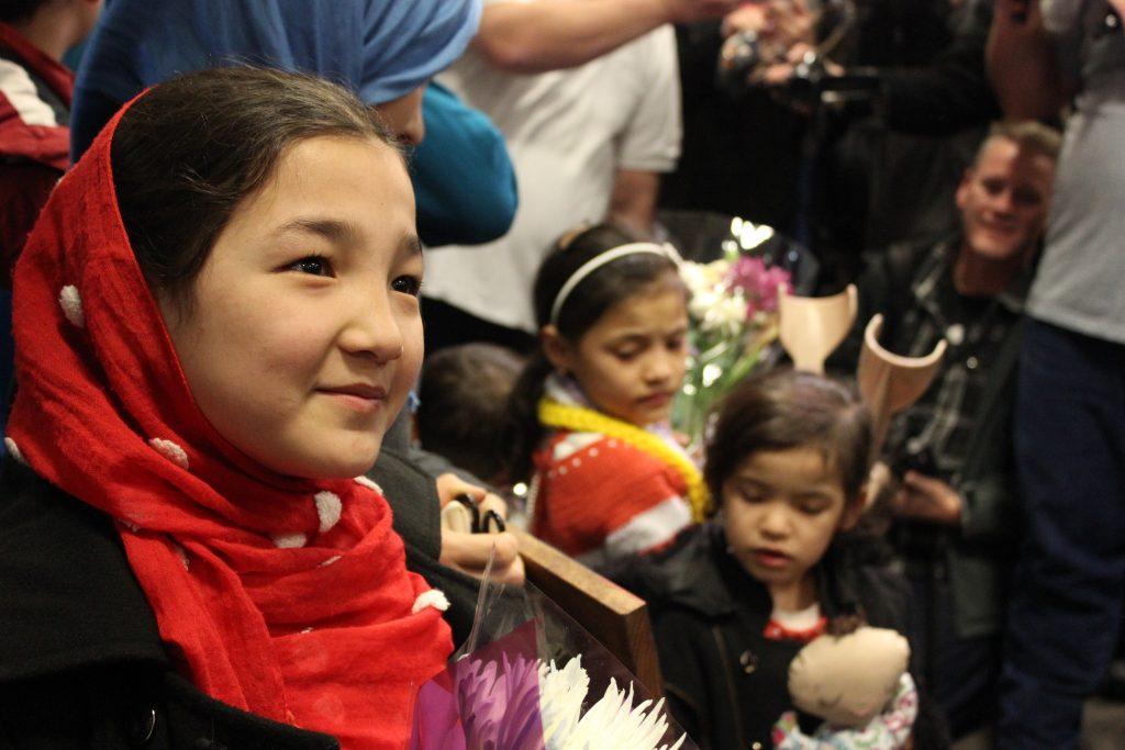 Fatima Hassan Barat smiles as she meets Utahns welcoming her family to the states. (Kjersten Johnson)