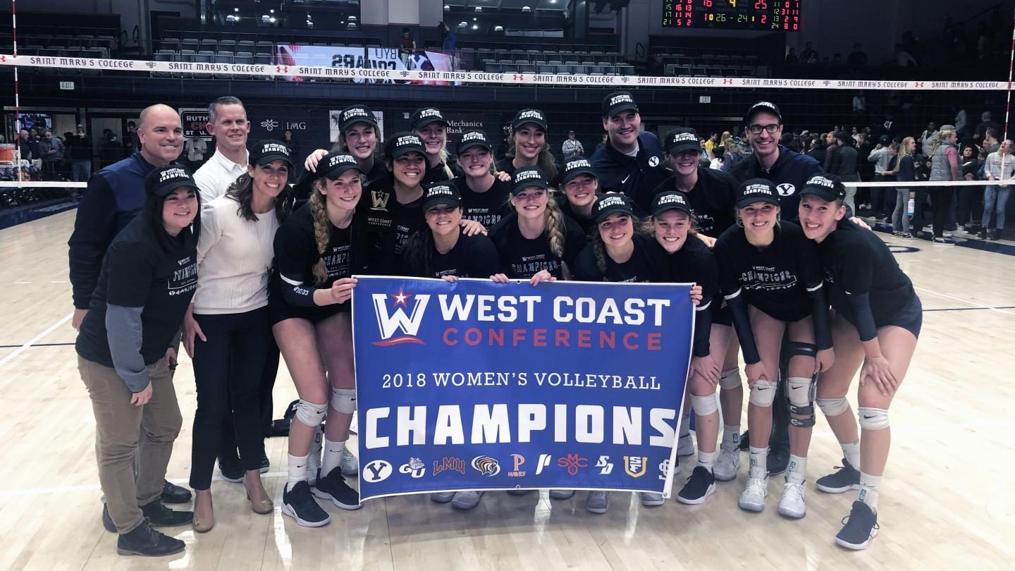 No. 1 women's volleyball improves to 27-0, clinches WCC title - The Daily Universe