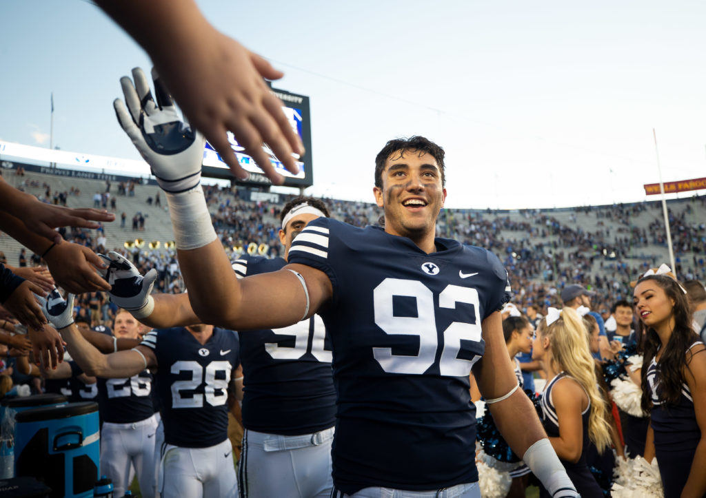 Devin Kaufusi enters the transfer portal after first week ...