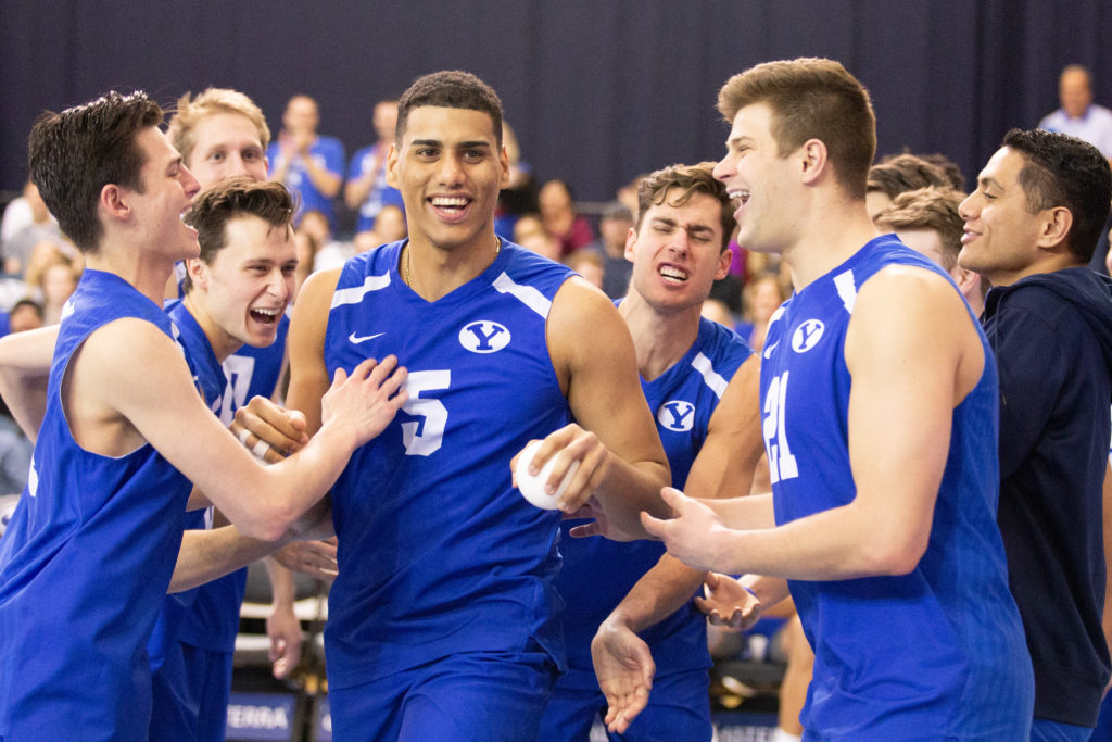 No. 2 BYU men's volleyball splits games with No. 1 Hawaii - The Daily Universe