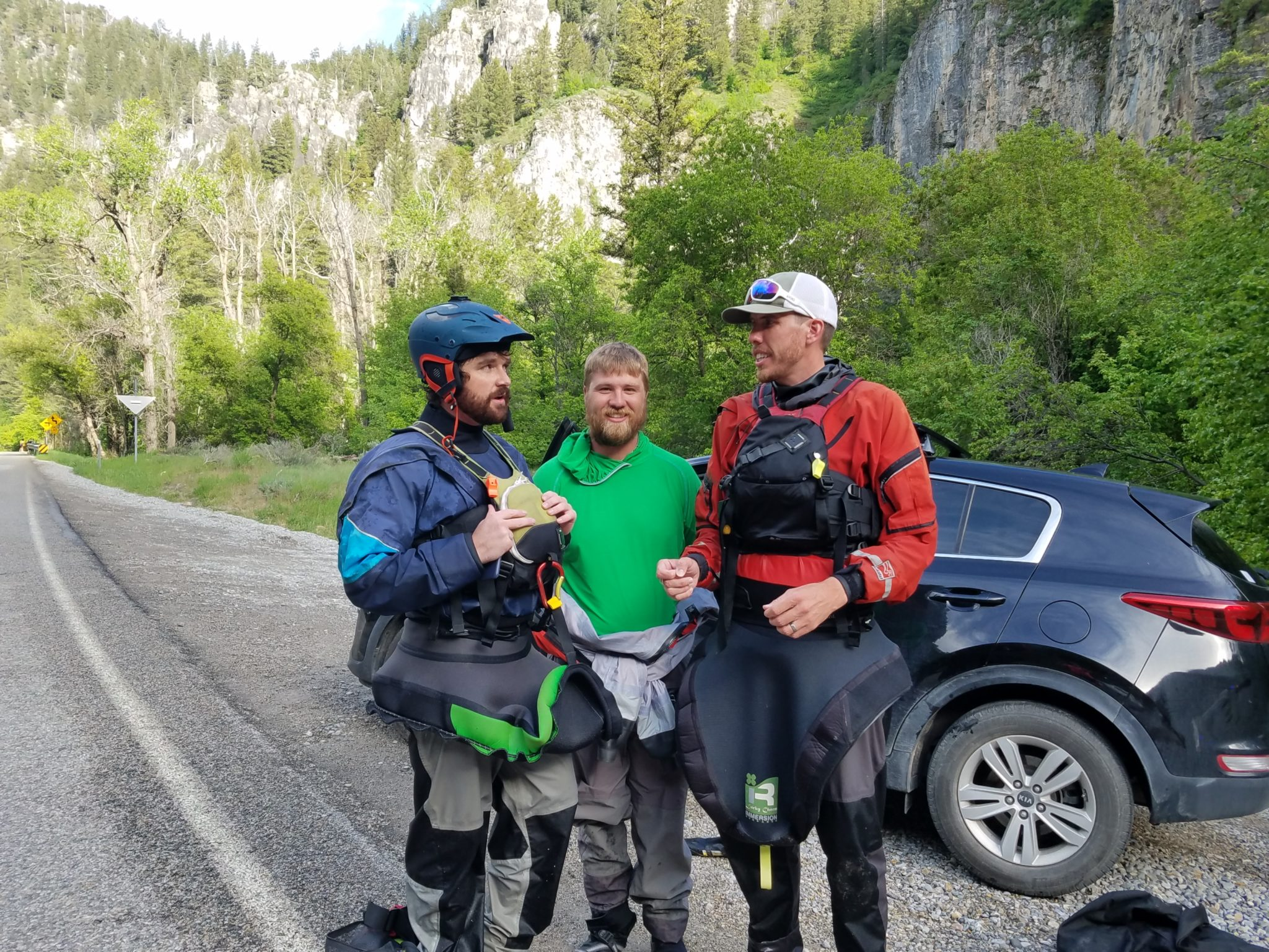 Good news Thursday: Kayakers rescue family, racehorse named for Dr. Fauci